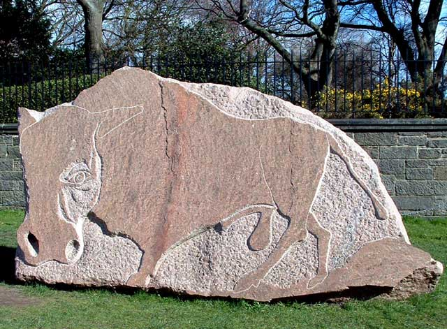 Bison sculpture by Ronald Rae